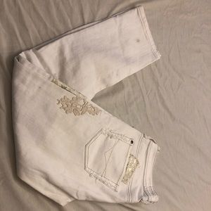 European river island white embroidered crops 27